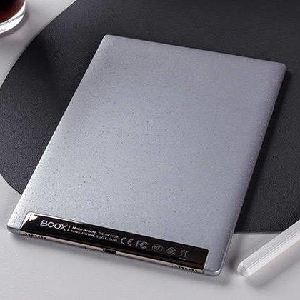 קורא ספרים אלקטרוניים BOOX NOVA AIR גב של המכשיר